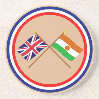 Reino Unido y banderas cruzadas Niger Posavasos Personalizados