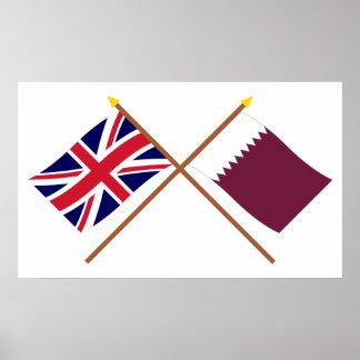Reino Unido y banderas cruzadas Qatar Póster