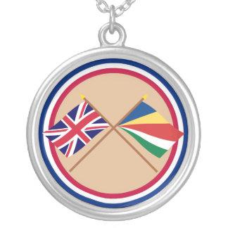 Reino Unido y banderas cruzadas Seychelles Collares Personalizados
