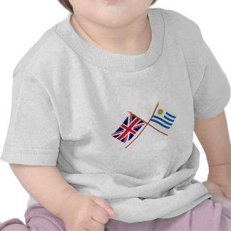 Reino Unido y banderas cruzadas Uruguay Camiseta