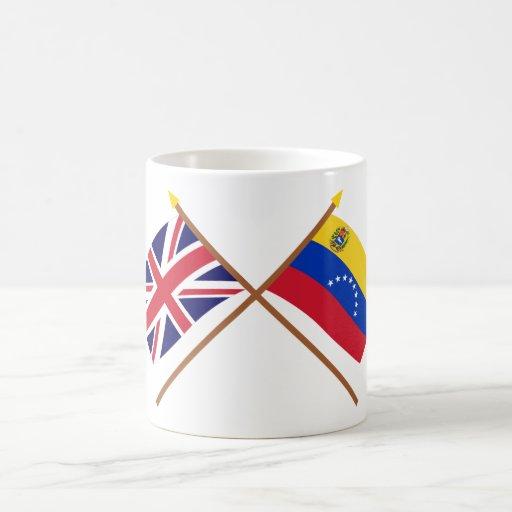 Reino Unido y banderas cruzadas Venezuela Taza De Café