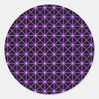 Rejilla que brilla intensamente púrpura pegatina redonda