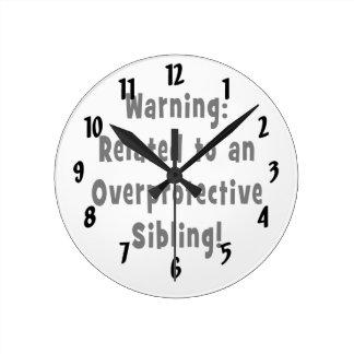 relacionado con sibling.png sobreprotector reloj redondo mediano