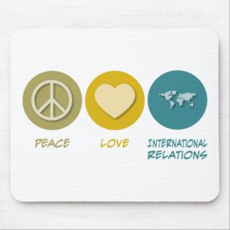 Relaciones internacionales del amor de la paz tapete de ratón