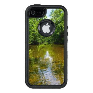 Relajación en The Creek Funda OtterBox Defender Para iPhone 5