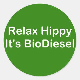 Relaje al hippy que es biodiesel pegatina redonda