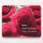 Relaje, huela los rosas tapete de ratón