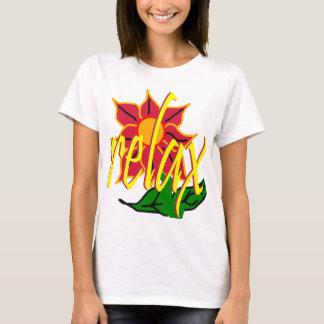 Relaje la camiseta tropical