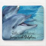 Relájese con la naturaleza, nadada con los delfíne alfombrillas de ratón