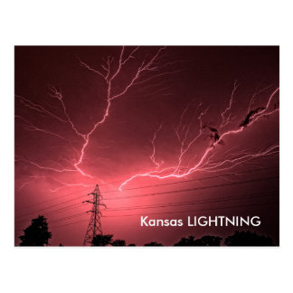 Relámpago de Kansas a través de la POSTAL del ciel