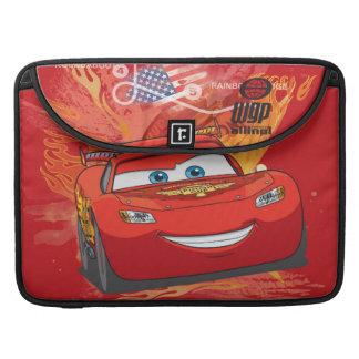 Relámpago McQueen - campeón de la taza del pistón Fundas Para Macbooks