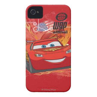 Relámpago McQueen - campeón de la taza del pistón iPhone 4 Carcasa