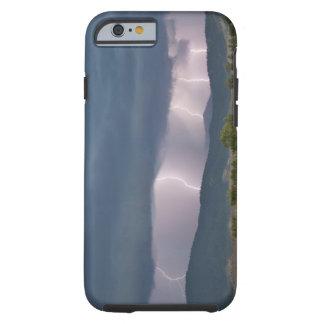 Relámpago producido tempestad de truenos en el funda de iPhone 6 tough