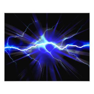 Relámpago que brilla intensamente azul o electrici fotografía
