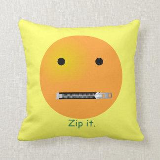 Relampagúelo Emoticon sonriente de la cara Cojines