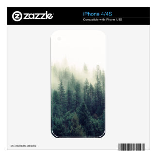 Relaxing Calming Foggy Forest Scene Skin For The iPhone 4S