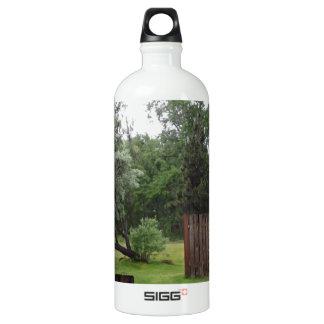 Relaxing Picnic Area SIGG Traveler 1.0L Water Bottle