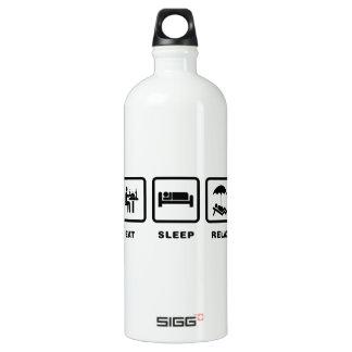 Relaxing SIGG Traveler 1.0L Water Bottle