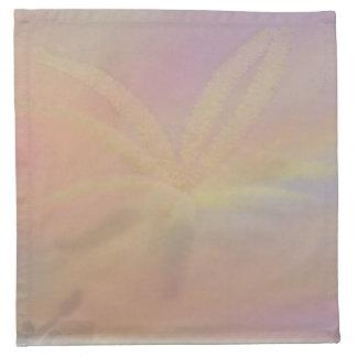 Relevo en colores pastel con la servilleta de la f