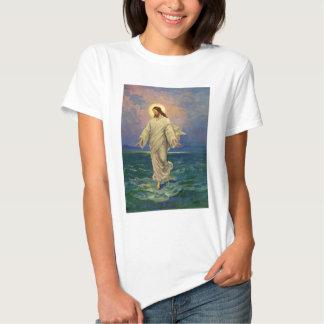 Religión del vintage, retrato de Jesús que camina Camisas