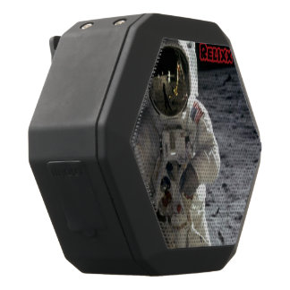 Relixx diseñó el altavoz del astronauta altavoces bluetooth negros boombot REX