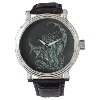 Reloj 01 del dragón - fondo del negro del dragón