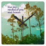 Reloj 05 - arte y Haiku originales - cielo azul