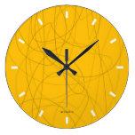 reloj abstracto amarillo squiggy