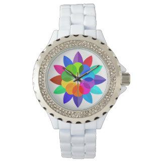 Reloj abstracto coloreado moderno de la pared de