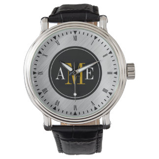 Reloj amarillo con clase del monograma de los