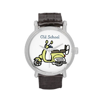 "Reloj amarillo ""escuela vieja "" de la vespa del vi"