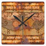 Reloj antiguo oxidado del diseñador de la historia