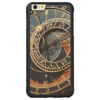 Reloj astrológico medieval antiguo Checo Funda De Arce Bumper Carved® Para iPhone 6 Plus