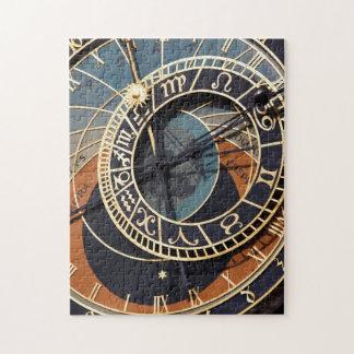 Reloj astrológico medieval antiguo Checo Puzzles