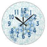 reloj azul bonito de las flores