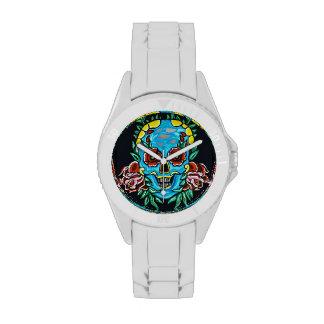 Reloj azul del cráneo
