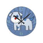 Reloj azul del medio del perrito del remiendo