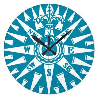 Reloj azul náutico del compás