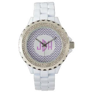 Reloj blanco del esmalte del monograma púrpura de