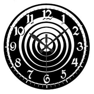 Reloj blanco negro de la ilusión