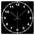 Reloj blanco y negro elegante