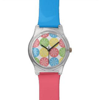 Reloj brillante de la fruta cítrica
