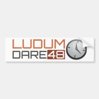 Reloj brillante del atrevimiento de Ludum Pegatina Para Auto