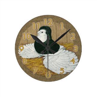 Reloj calvo negro del trompetista