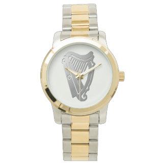 Reloj céltico de plata de la arpa