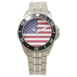 Reloj clásico del acero inoxidable de la bandera