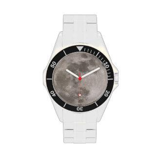 Reloj clásico del acero inoxidable del tiro de lun