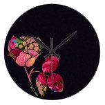 Reloj color de rosa floral