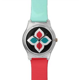 Reloj colorido de la hermandad global