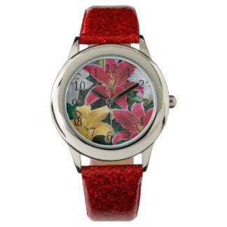 Reloj colorido de las flores